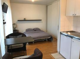 Be at home, self catering accommodation in Boulogne-Billancourt