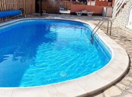 Apartments Adriapag, self catering accommodation in Pag