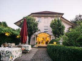 Landhaus Keller - Hotel de Charme, hotel in Malterdingen