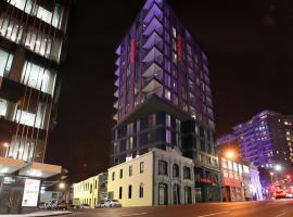 Ramada Suites Victoria Street West, hotel in Auckland