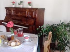 A Casa di Nené, pet-friendly hotel in Palinuro