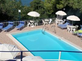 Relais La Caravella, pet-friendly hotel in Agropoli