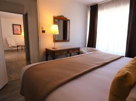 Hotel Des Tuileries, hotel in Nîmes