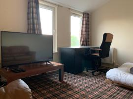 Cozy 3 Bedroom House In Fife, hotel near Dysart Harbour, Fife