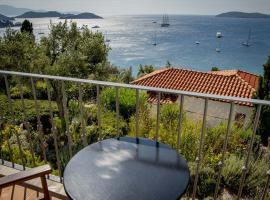Villa Athena, hotel in Megali Ammos