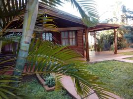 IGUAZU CABANAS, hotel near Orchid Area, Puerto Iguazú