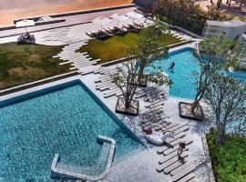 VERANDA PATTAYA BY LUX - Beach Collection, hotel in Jomtien Beach