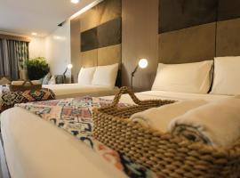 Treetop Suites, Hotel in Coron