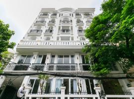 Universe Saigon Apartment, hotel near Tan Son Nhat International Airport - SGN,