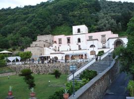 Villa della Porta - Dimora Storica, hotell i Vico Equense