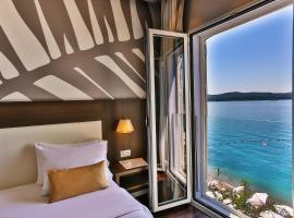 Hotel Palma, отель в Тивате