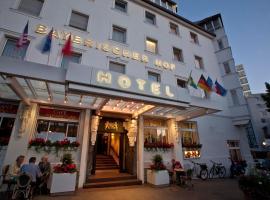 Hotel Bayerischer Hof, hotel u gradu Bajrot