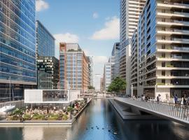 Corporate Waterfront Apartments, hotel with pools in London