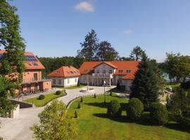 Leśny Dwór, resort in Sulęczyno