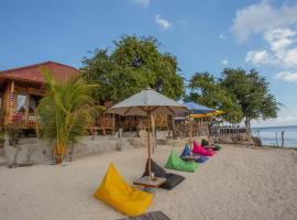 Wooden Beach Sunset Cottages, resort village in Nusa Lembongan