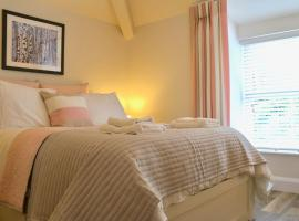 Lloydia, hotel near Portmeirion, Porthmadog