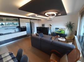 Luxury apartment LUNA for 6, sauna, center, ****, hotel in Varaždin