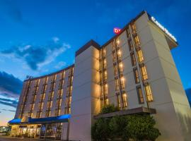 Coast Discovery Inn, hotel near Campbell River Airport - YBL, Campbell River