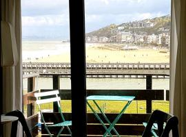 Appartement de charme vue mer, self catering accommodation in Deauville
