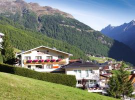 Pension Charly, guest house in Sölden