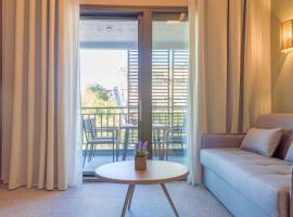 Eco Green Residences & Suites, hotel in Toroni