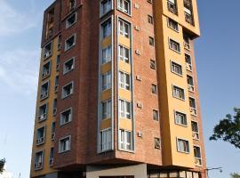 Hotel Tres Cruces, hotel cerca de Terminal Tres Cruces, Montevideo