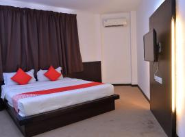 OYO 43960 Laksamana Executive & Boutique Hotel, hotel in Tawau
