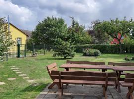 Ferienwohnung Smillenzweg mit Garten, Hotel in der Nähe von: Kreideküste Nationalpark Jasmund, Lohme