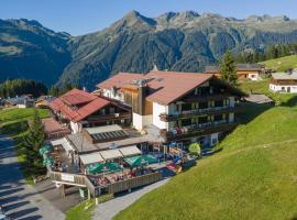T3 Alpenhotel Garfrescha, hotel in Sankt Gallenkirch