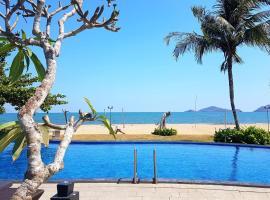 Luwansa Beach Hotel, hotel in Labuan Bajo