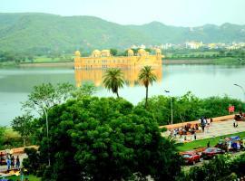 Kesar Palace, hotel near Seesh Mahal, Jaipur