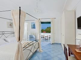 Parco Vittoria Holidays House, hotel in zona Villa San Michele, Anacapri