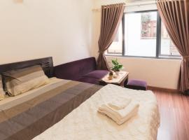 Happy House-Serviced Apartment Ha Noi, apartment in Hanoi