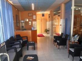 Hostel Armona, hotel in Olhão
