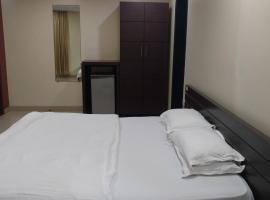 Pals Hotel, hotel near Siddhi Vinayak Temple, Mumbai