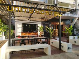Unity Hostel, hotel in Siem Reap