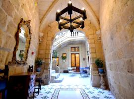 The Lodge, hotel near Malta International Airport - MLA, Cospicua