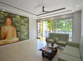 Hotel Zen Rooms Alwar, room in Alwar