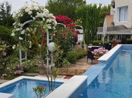 Hotel Rai, hotel in Obrochishte