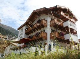 Hotel Berghof, Hotel in Nauders