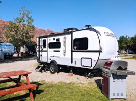 Outdoor Fun II RV Fully Setup! OK29, apartment in Moab