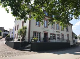 Gästehaus Sektstuuf St. Laurentius, hotel near Trier Theatre, Leiwen