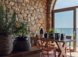 Stone Luxury Suites - Adults Only, Hotel in Archangelos