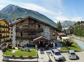 Hotel Bellevue, Hotel in der Nähe von: Seilbahn Frachey - Alpe Ciarcerio, Champoluc