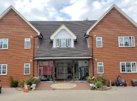 Stansted Airport Lodge, hotel near London Stansted Airport - STN,