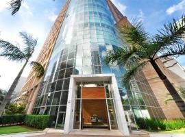 Welcome NYC Berrini, hotel with pools in Sao Paulo