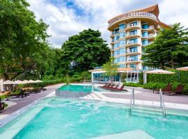Centara Sonrisa Residences & Suites Sriracha, hotel in Si Racha