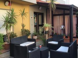 Hotel Mistral, hotel in zona Spiaggia Le Bombarde, Alghero