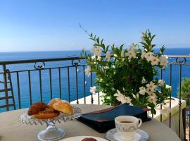 Chambre d'hôtes de charme La Belle Vue, hotel in Roquebrune-Cap-Martin