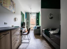 Two funky lofts in old Praga! – niedrogi hotel w Warszawie
